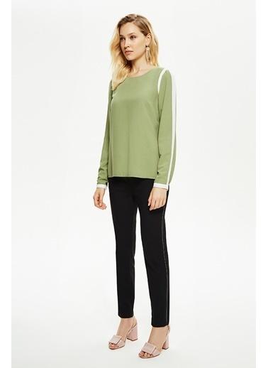 NaraMaxx Kontrast Detaylı Bluz Yeşil